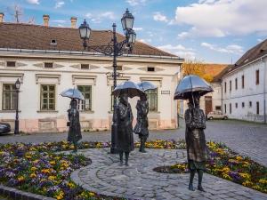 Umbrella Statues in Obuda