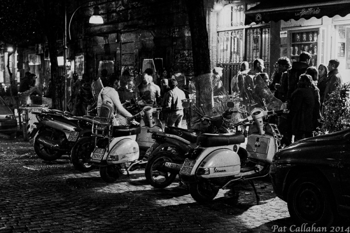 Piazza Bellini Nightlife