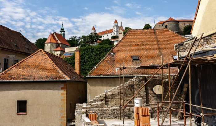 Looking towards the castle from the roof of the Albrecht House