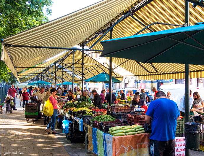 outdoor market at Hunyadi Budapest