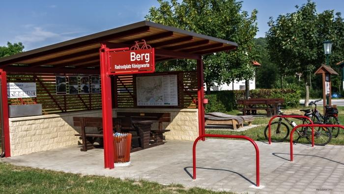 bike stop near Berg in Eastern Austria