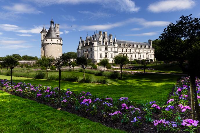 The beautiful Italian style gardens of Chateau de Clemenceau