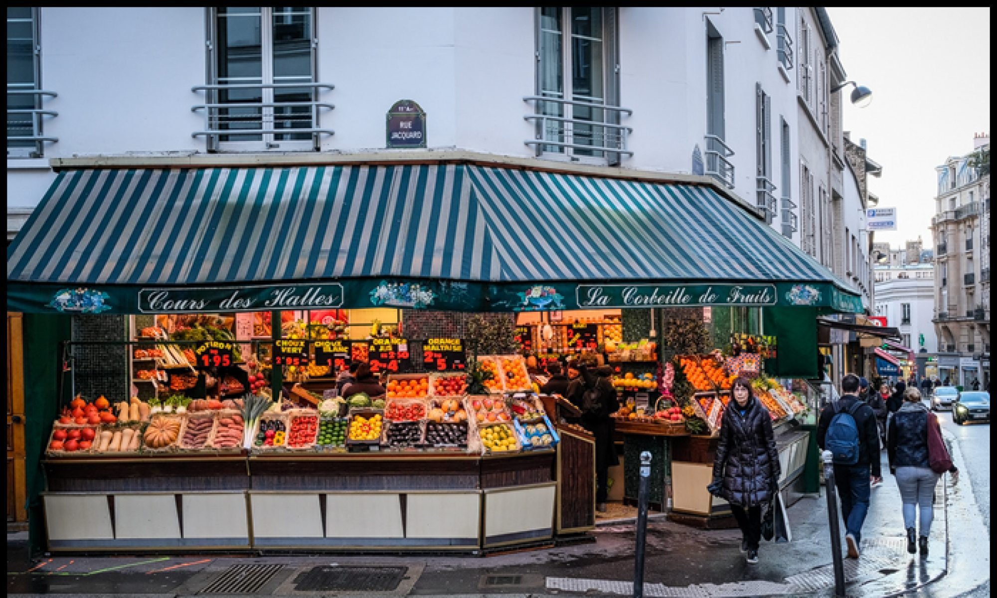 cropped-cropped-paris-fruit1.jpg